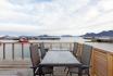 herrlicher Blick von der Terrasse auf den Fjord