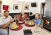 Rotsund Seafishing großes Appartement: Wohnzimmer