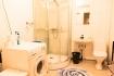 Loppa Havfiske - kleines Badezimmer