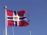 die norwegische Flagge weht
