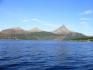 Fjordlandschaft in der norwegischen Sonne