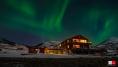 Buvik Brygge im Nordlicht