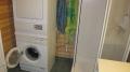 Westnorwegen Orisbrygga: Badezimmer mit Waschmaschine