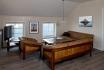 Ferienappartement Roan Rorbuer: großes Wohnzimmer mit Couchecke