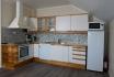 Ferienappartement Roan Rorbuer: geräumige Küche