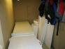 Abstellraum mit Gefriertruhen und Trockenmöglichkeiten