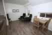 Sørheim Brygge kleine Ferienappartement: offener gemütlicher Wohnbereich