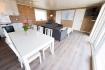 Traena-arctic-fishing-Wohnzimmer mit Sat-TV und Internet