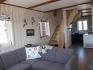 Vega Rorbuferie Haus Nr. 2: schönes Wohnzimmer mit offener Küche