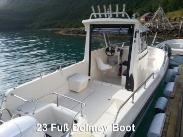 geräumiges Kabinenboot mit ordentlich Power