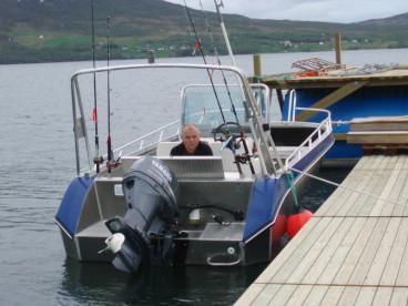Angelboot mit Kartenplotter für Angelausfahrten zu den Hot Spots
