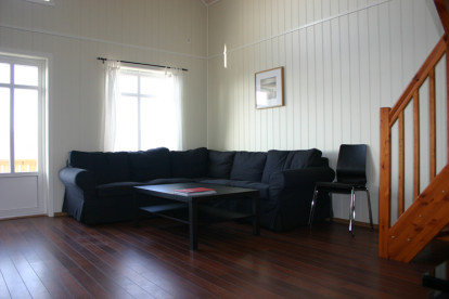 Couchecke und geräumig dazu - Ferienunterkunft mit hohem Standard in Kvarøy