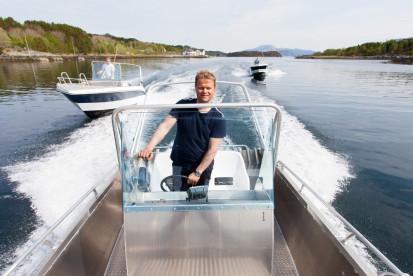 die Angelboote in Leka Brygge mit genügend Power - auf geht es zu den Angelspots