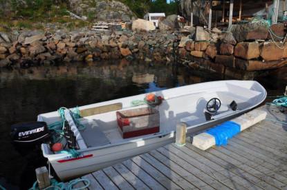 verschiedene Bootstypen stehen den Anglern in Lofotbrygga zur Verfügung