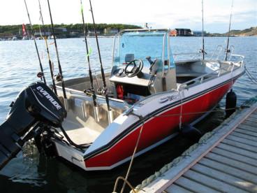 Angelboot mit 50 PS Echolot und Kartenplotter