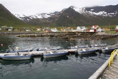 Angelboote in Mefjord Brygge