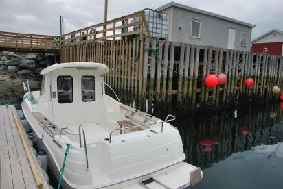 Lenangen Brygge: Arvor Kabinenboot