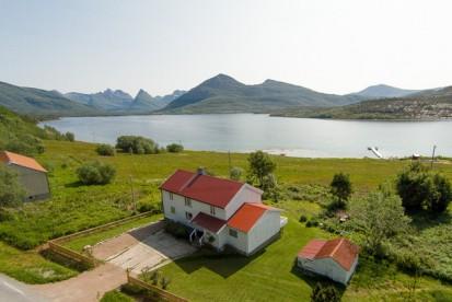 Lage Ytre Skotsfjord