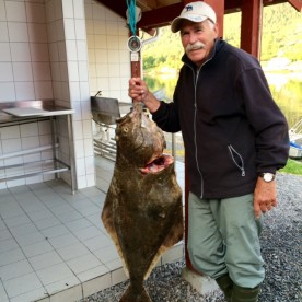 glücklicher Angler in Møst Sjøstuer