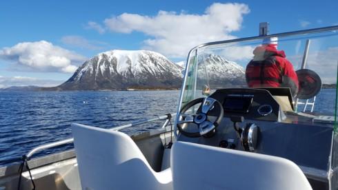 20 Fuß Angelboot in Grøtavær