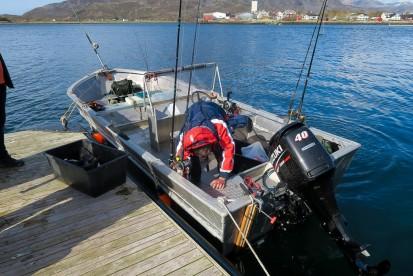 Angelboot Alu 18,5 Fuss mit 40 PS Echolot und Kartenplotter