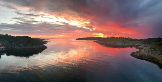 Gyrtoya Havfiske Sonneuntergang