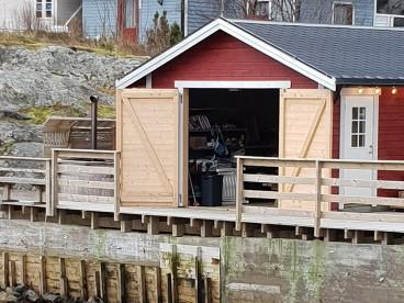 Bootshaus mit Filetiermöglichkeit
