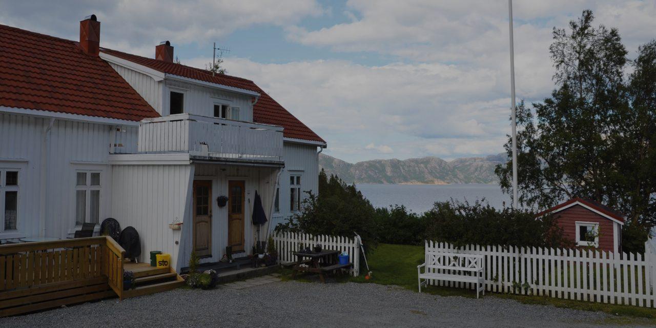 https://www.dintur.de/wp-content/uploads/2020/01/namsenfjord-1280x640.jpg